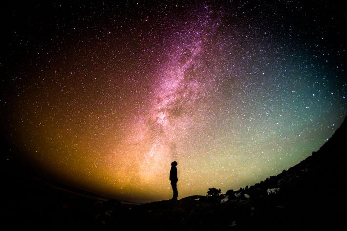 Noter ses rêves pour ne pas les oublier au matin