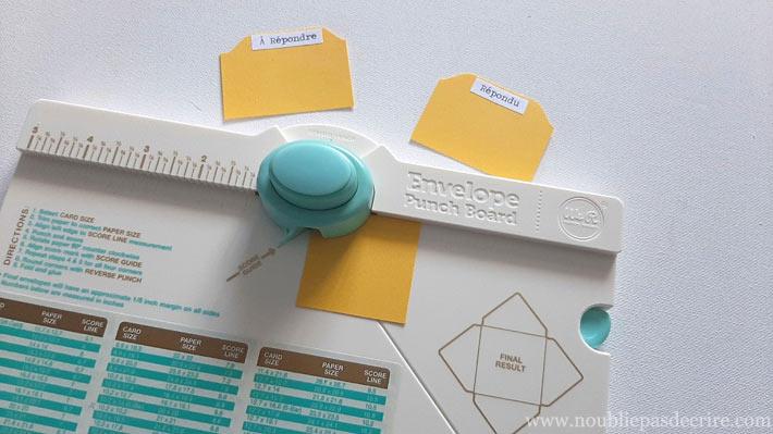 Onglets pour classeur avec une Punch Board Enveloppe