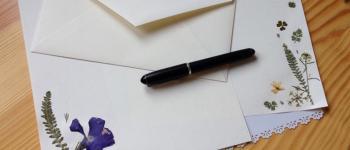 TUTOdu Printemps: Papier à lettre et fleurs séchées